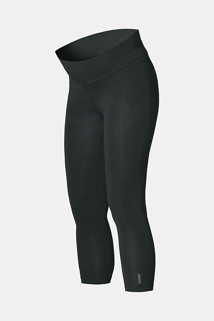 Leggings with an under-bump waistband