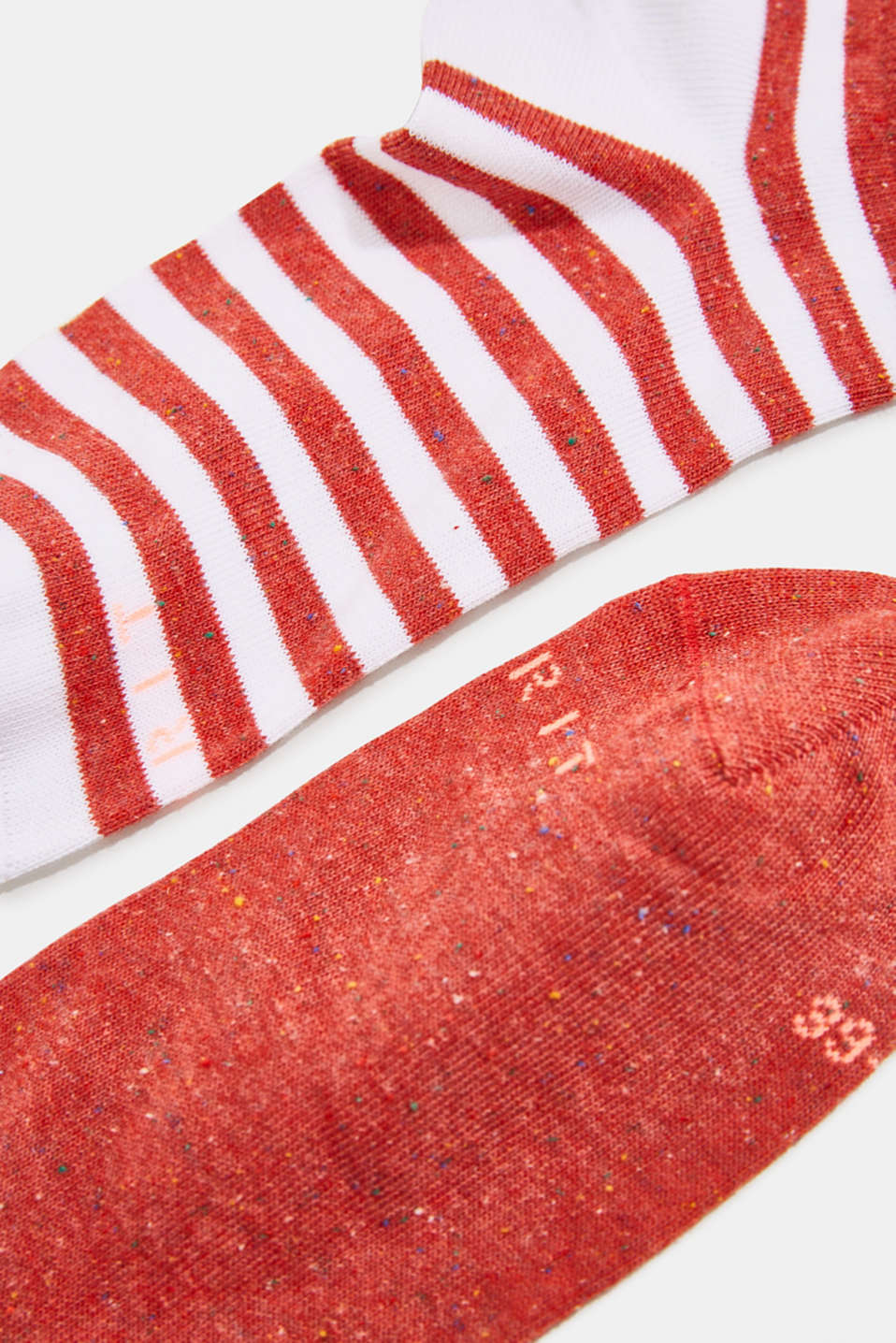 Double pack of trainer socks with silk, ROUGE, detail image number 1
