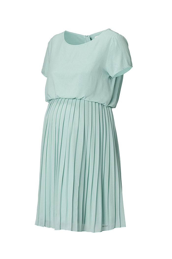 Pleated dress a nursing function