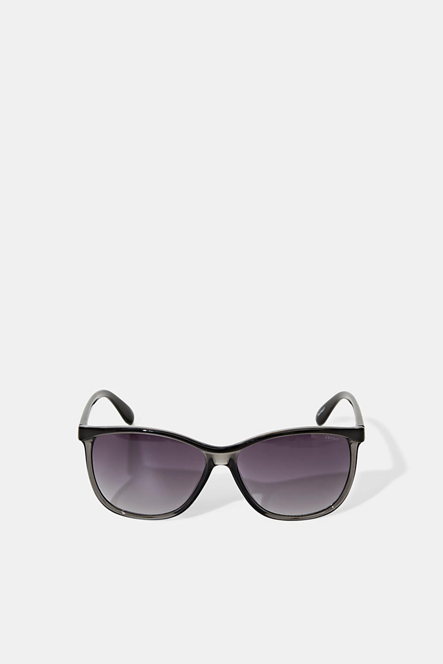 Trendy sunglasses in a mix of colours