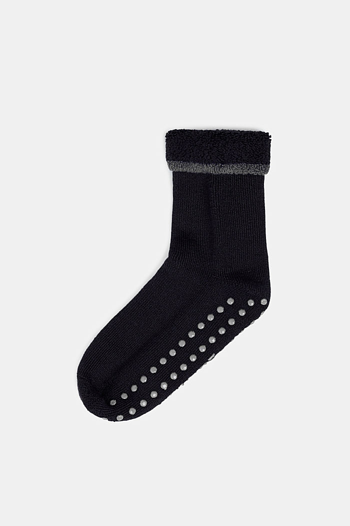 Soft stopper socks with new wool