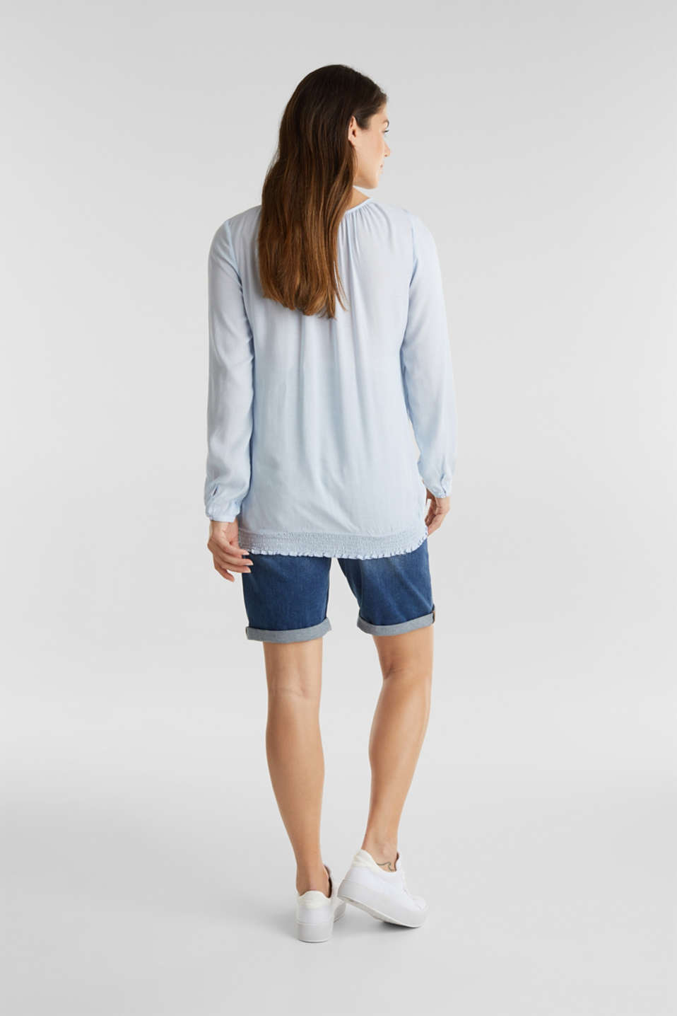 Denim shorts with an over-bump waistband, LCMEDIUM WASH, detail image number 2