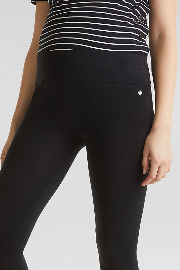 Capri leggings + under-bump waistband, BLACK, detail image number 2