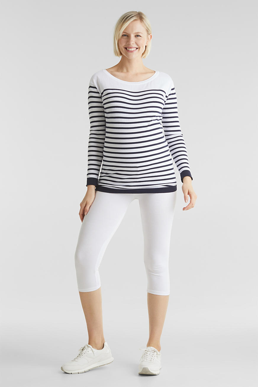 Capri leggings + under-bump waistband