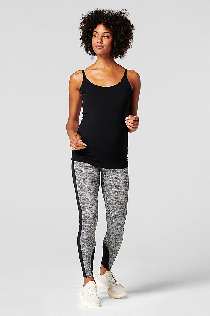 Active leggings with an over-bump waistband