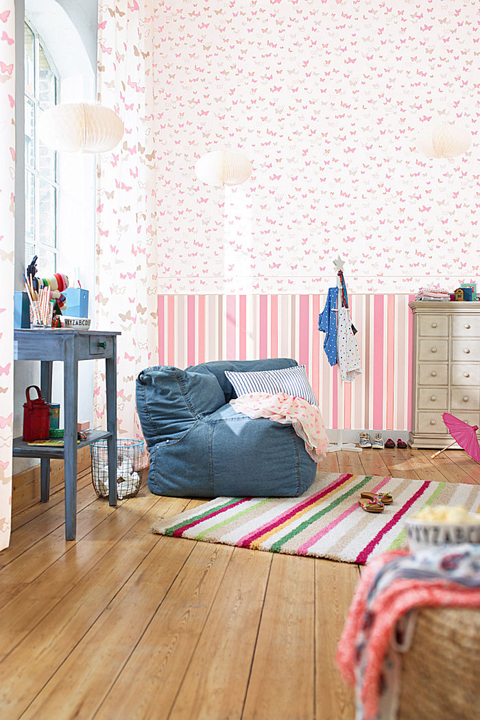 Kids wallpaper Sweet Butterfly Striped , ONE COLOUR, detail image number 1