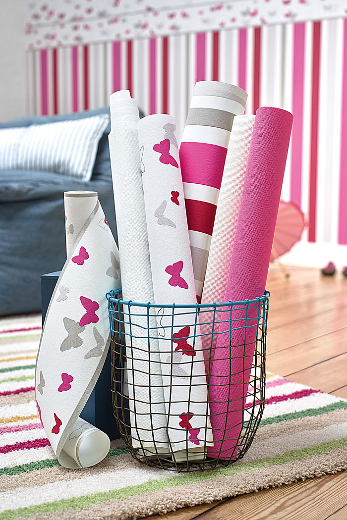 Sweet Butterfly Patterned kids wallpaper, ONE COLOUR, detail image number 3