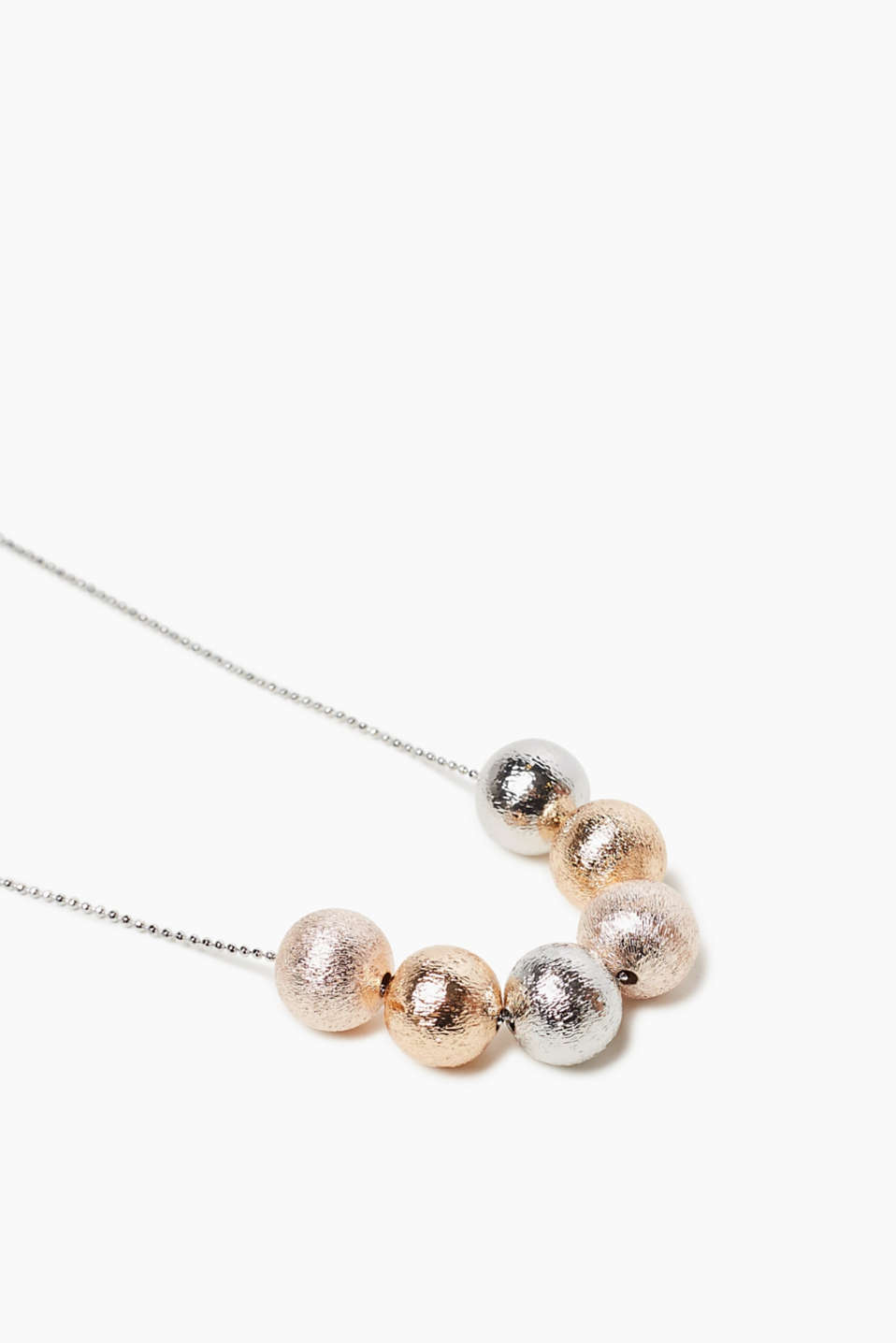 Short necklace with balls