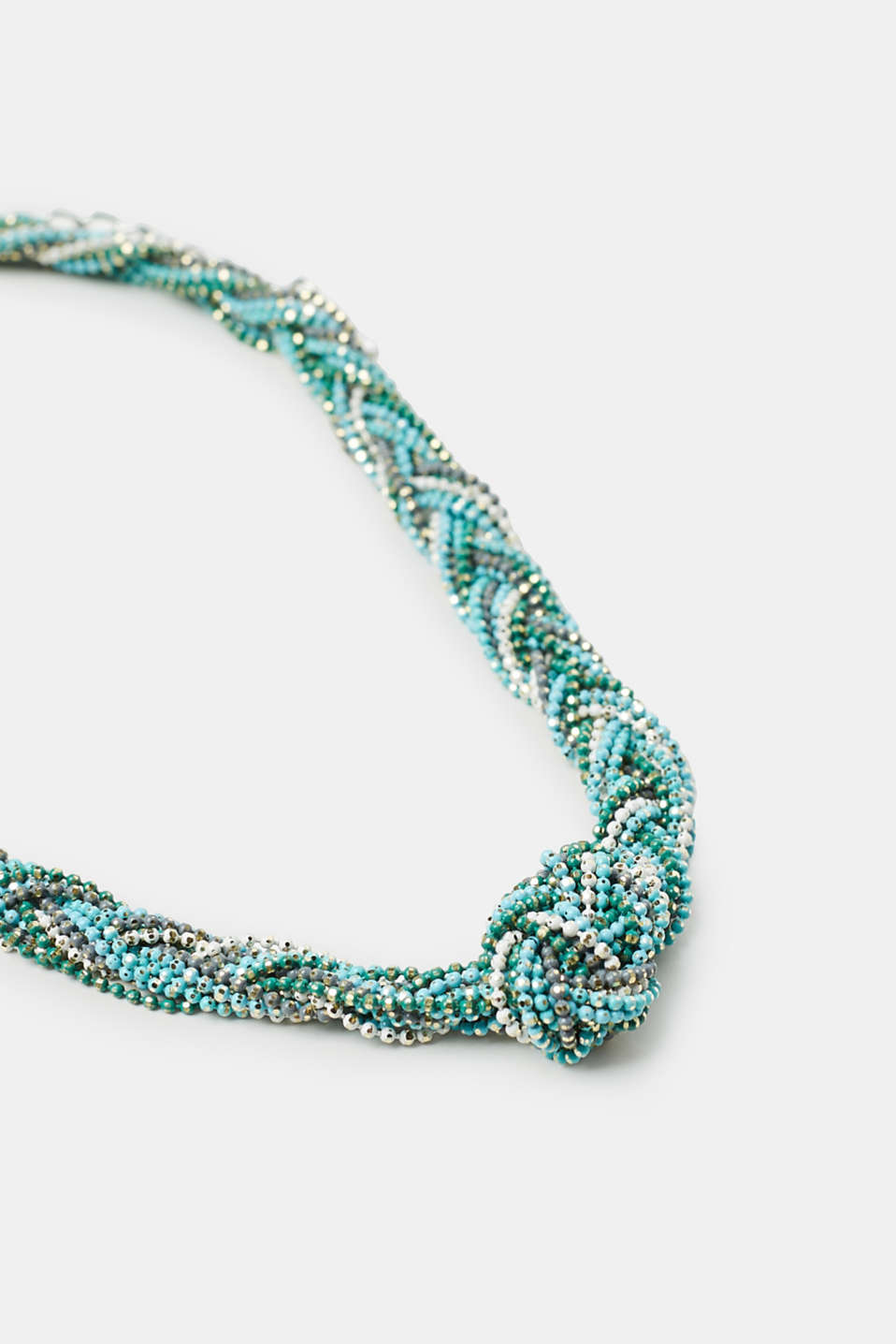 Short braided necklace