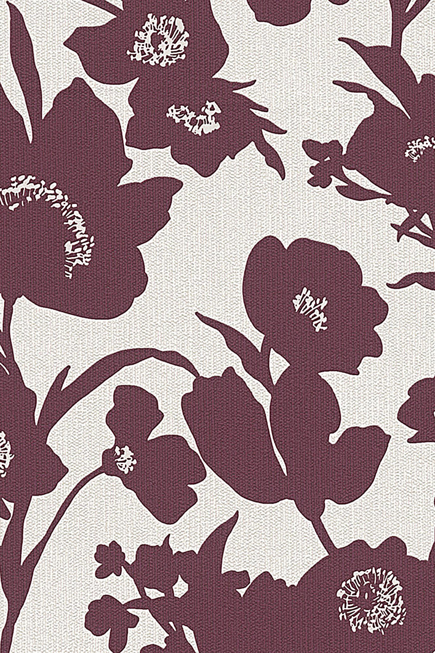 Non-woven wallpaper in a floral design