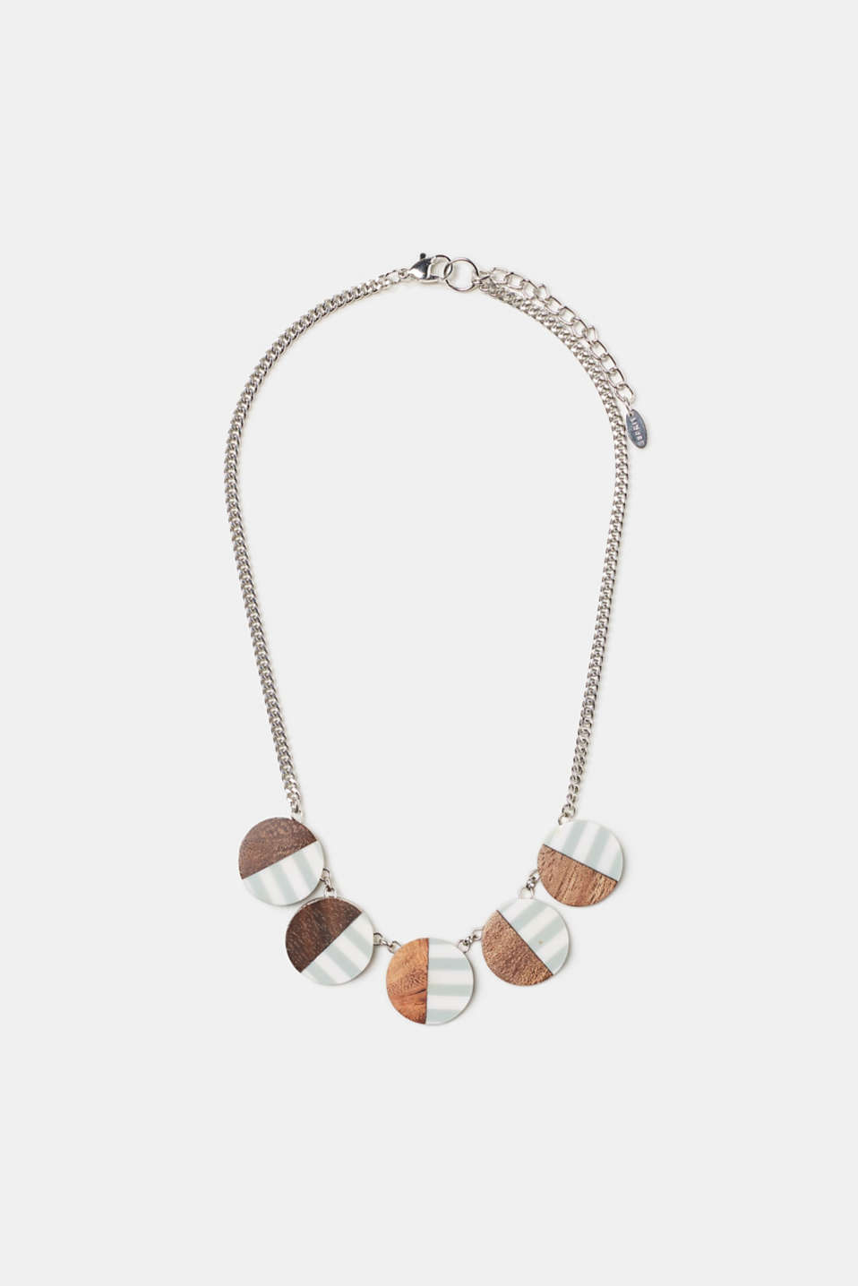 The round pendants with different patterns including wood texture and stripes make this necklace an eye-catcher.