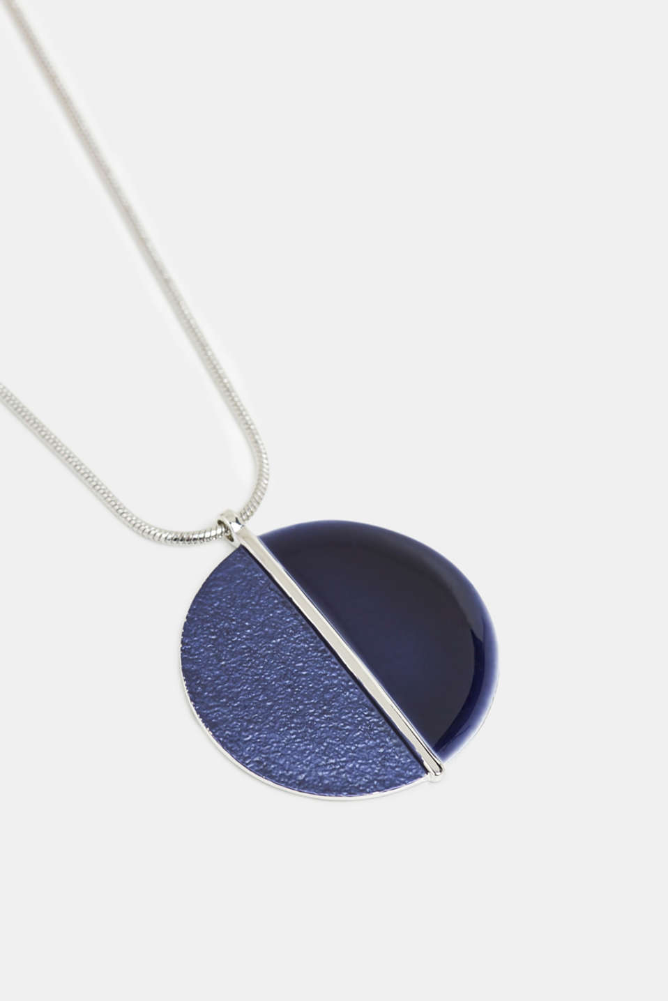 Necklace with a pendant, in metal, BLUE, detail image number 1