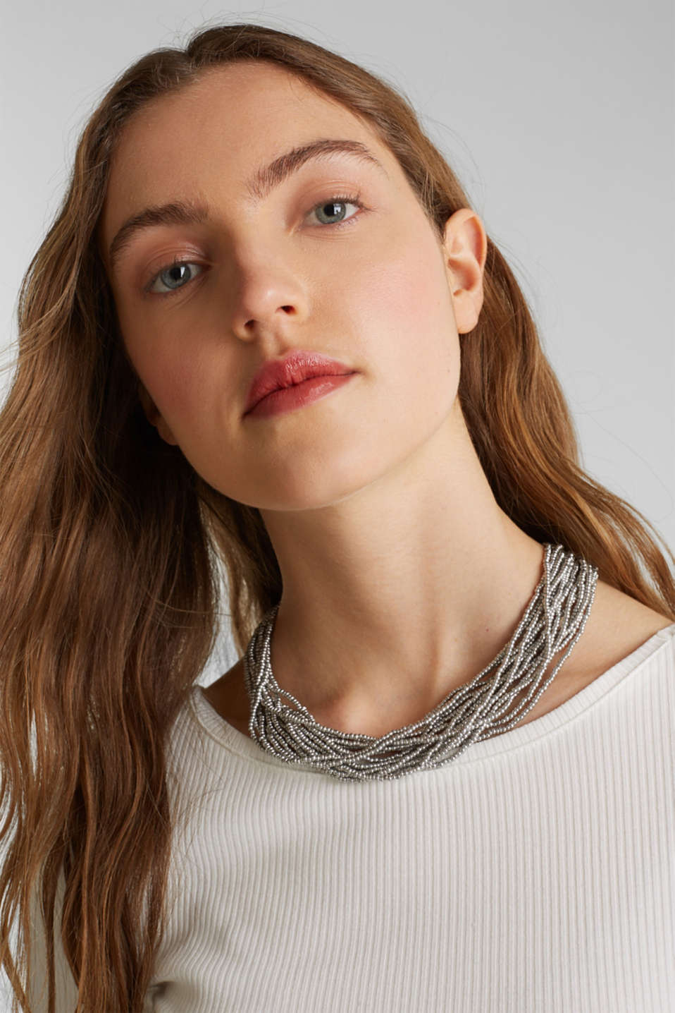 Multi-strand choker with metal beads, SILVER, detail image number 2