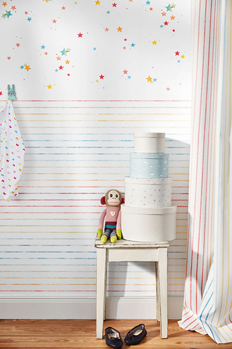 Wallpaper with colourful stripes, paper