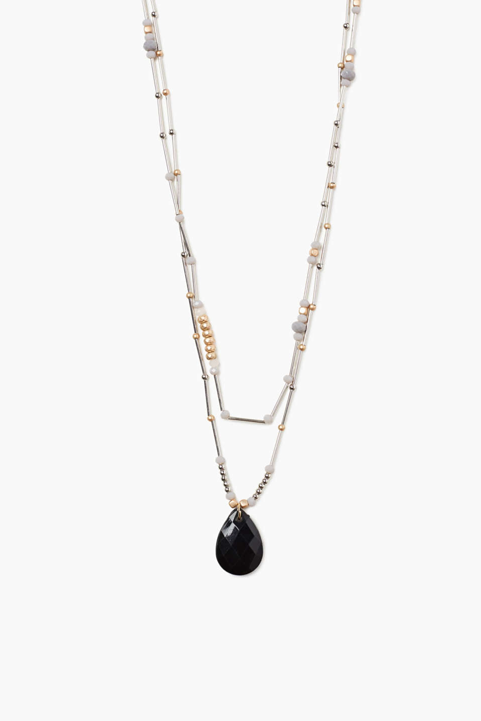 A real eye-catcher - you cannot miss this necklace thanks to its beads in various shapes and sizes