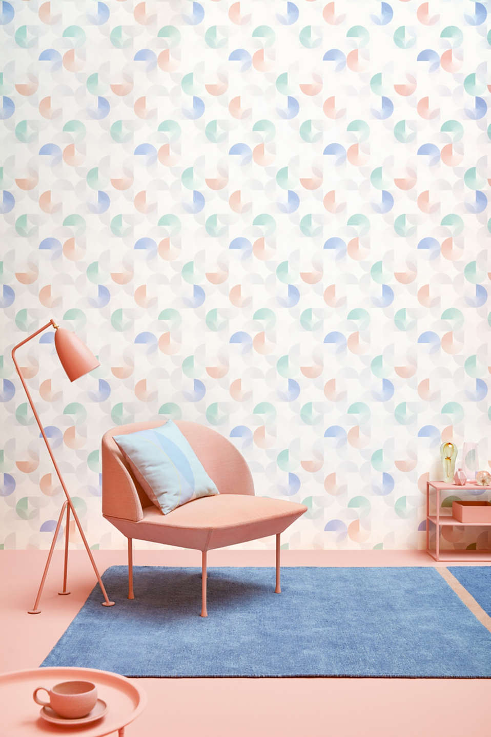 Non-woven wallpaper with a graphic pattern, one colour, detail image number 2