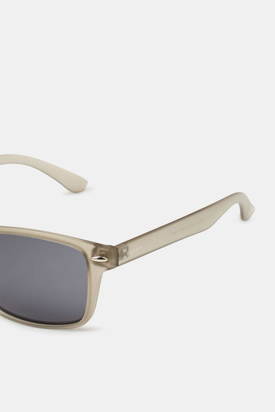Mens sunglasses with matte frames