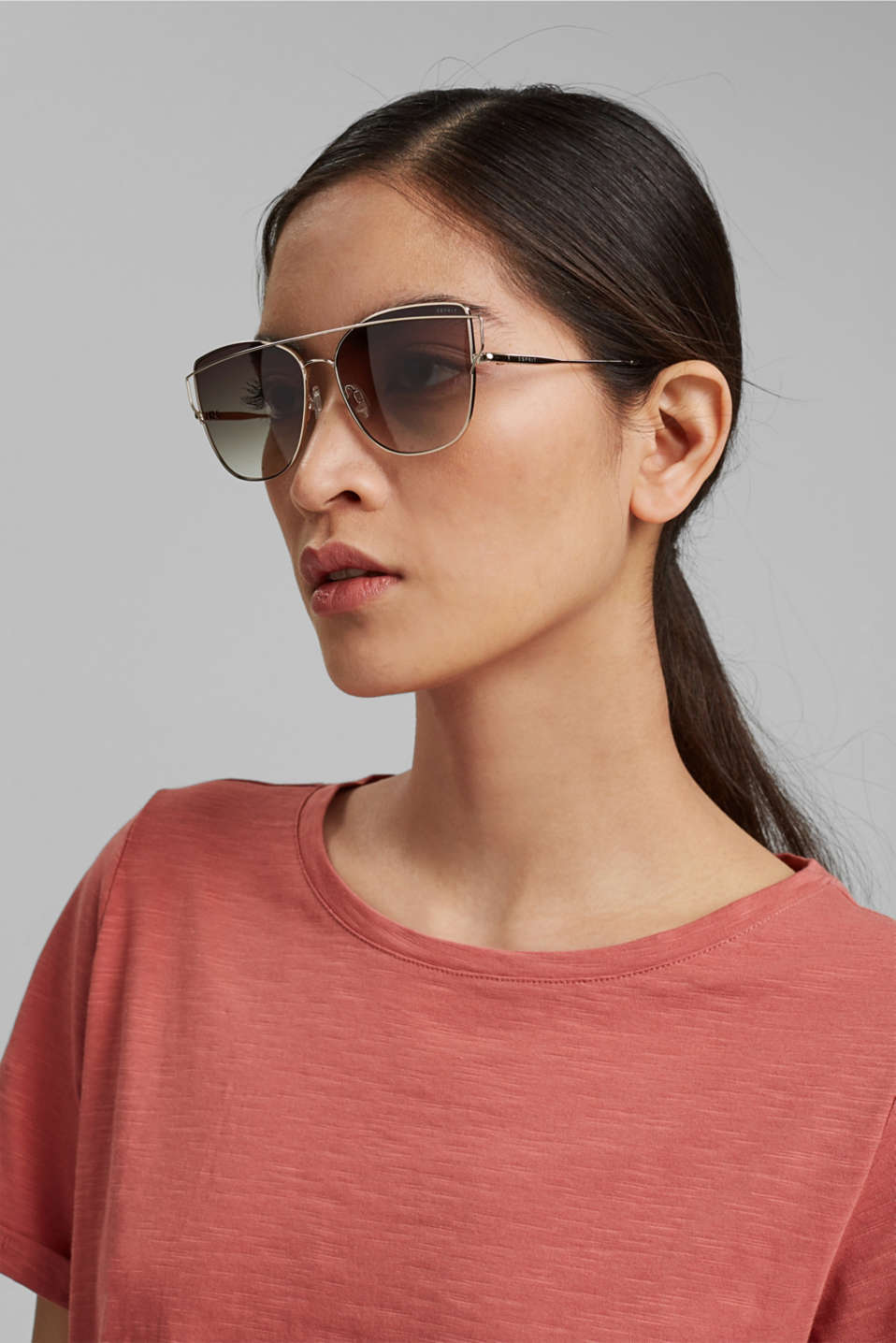 Sunglasses with metal frames, GOLD, detail image number 2