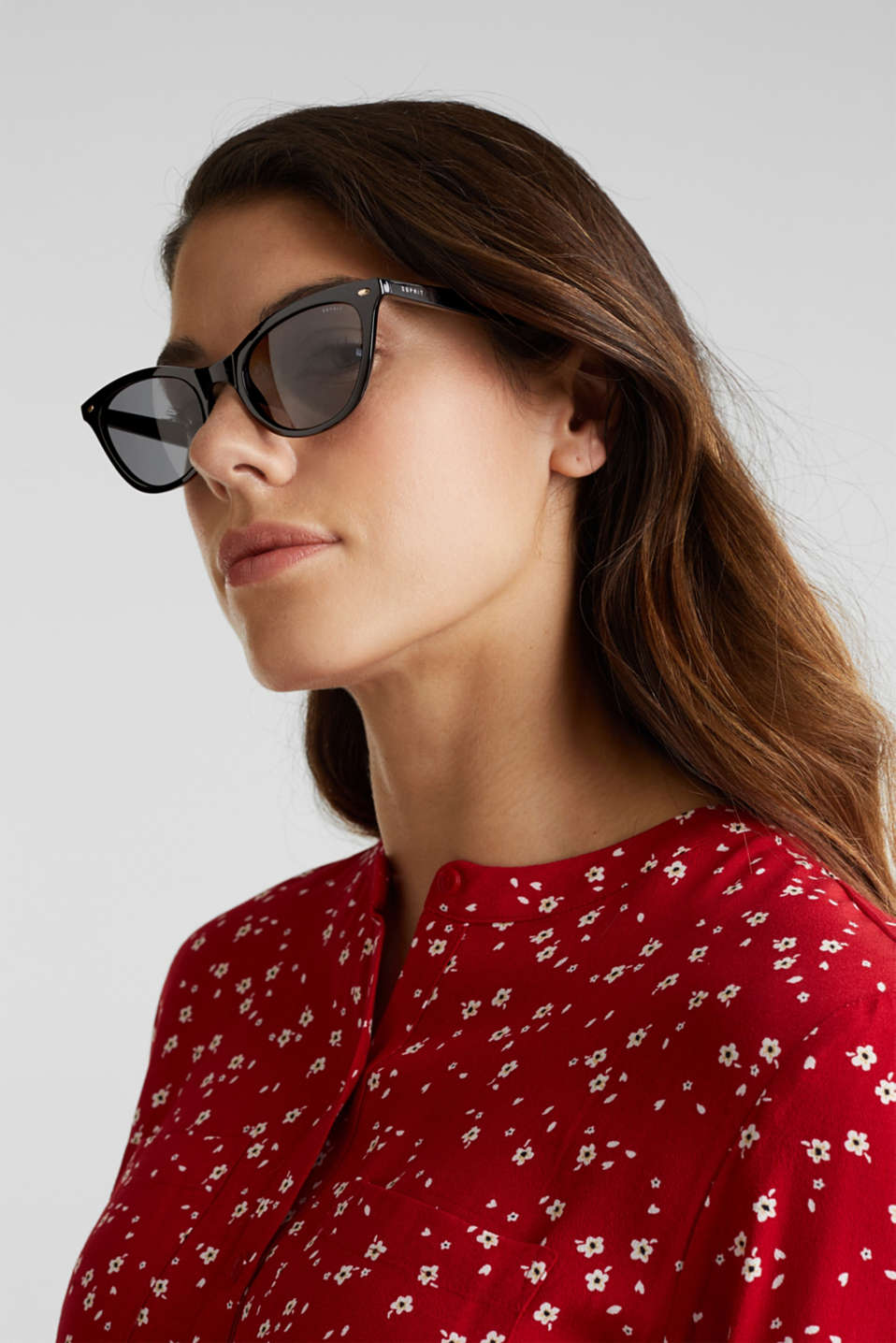 Sunglasses in a narrow cat-eye design, LCBLACK, detail image number 2