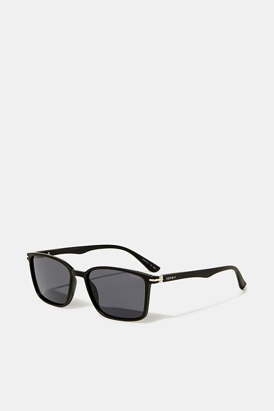 Lightweight plastic sunglasses