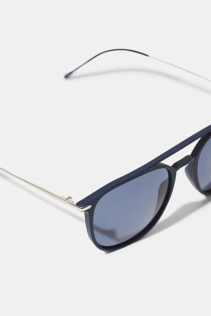 Sunglasses with a timeless design, NAVY BLUE, detail image number 1