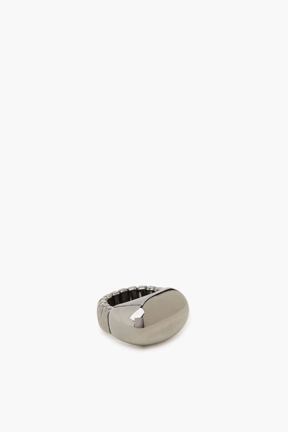 Stretchy metal statement ring