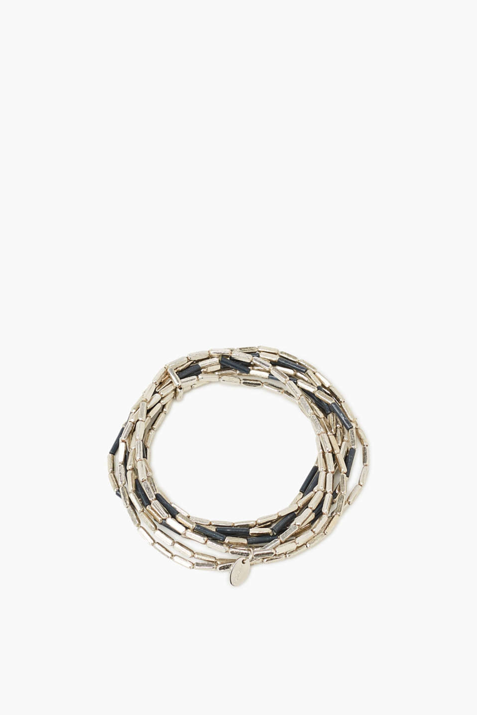 The perfect gift: dainty rows of metal bars give this bracelet its cool style!