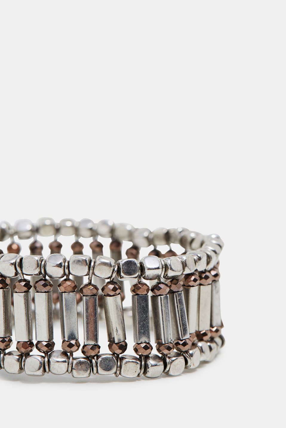 Stretchy metal bracelet