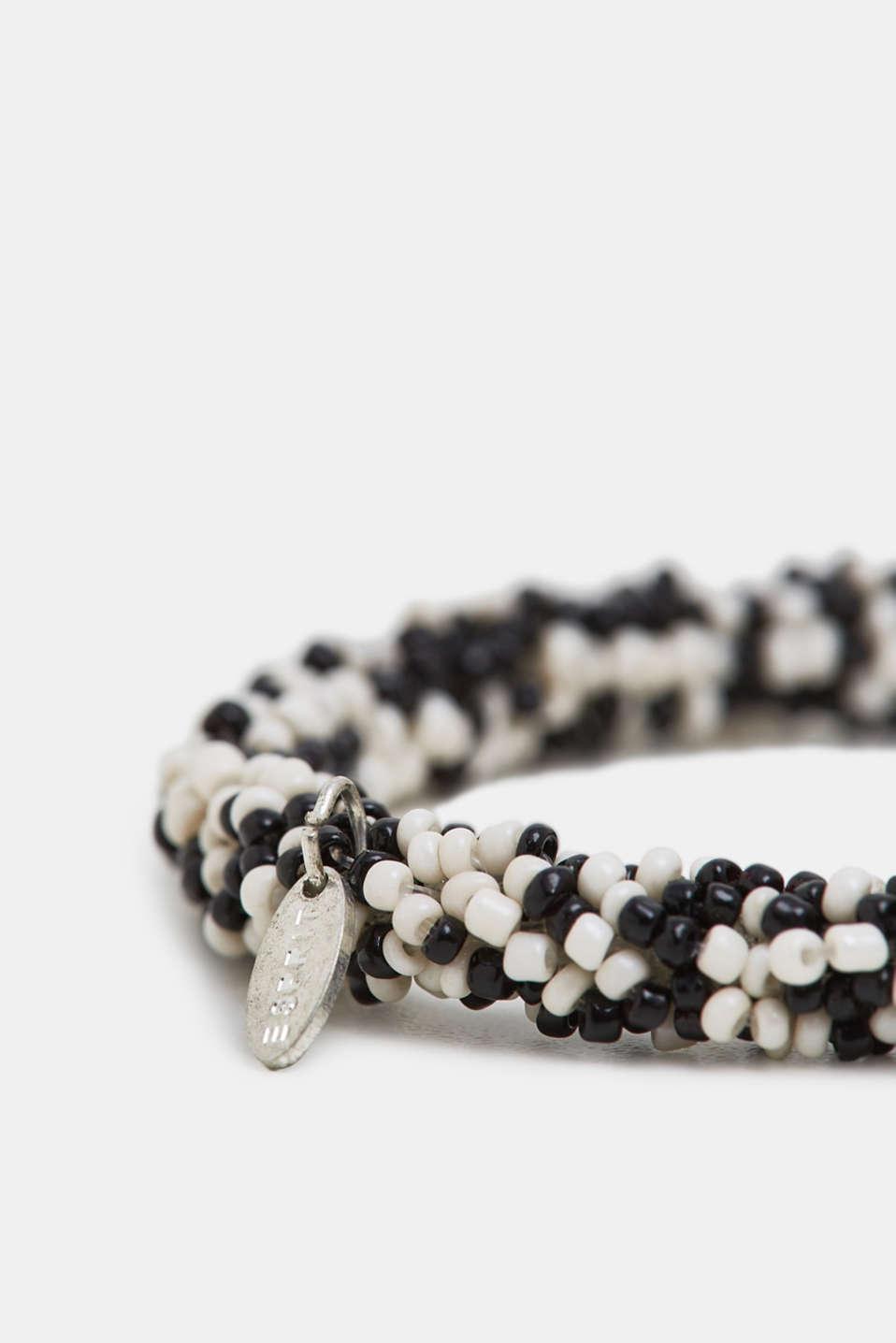 Black/white bead bracelet, BLACK, detail image number 1
