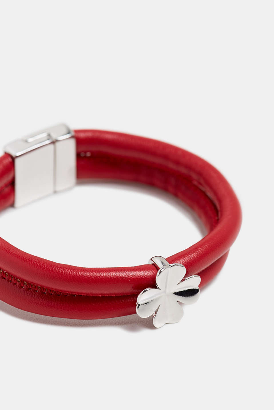 Faux leather bracelet with a pendant, RED, detail image number 1
