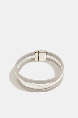 Magnet bracelet in faux leather