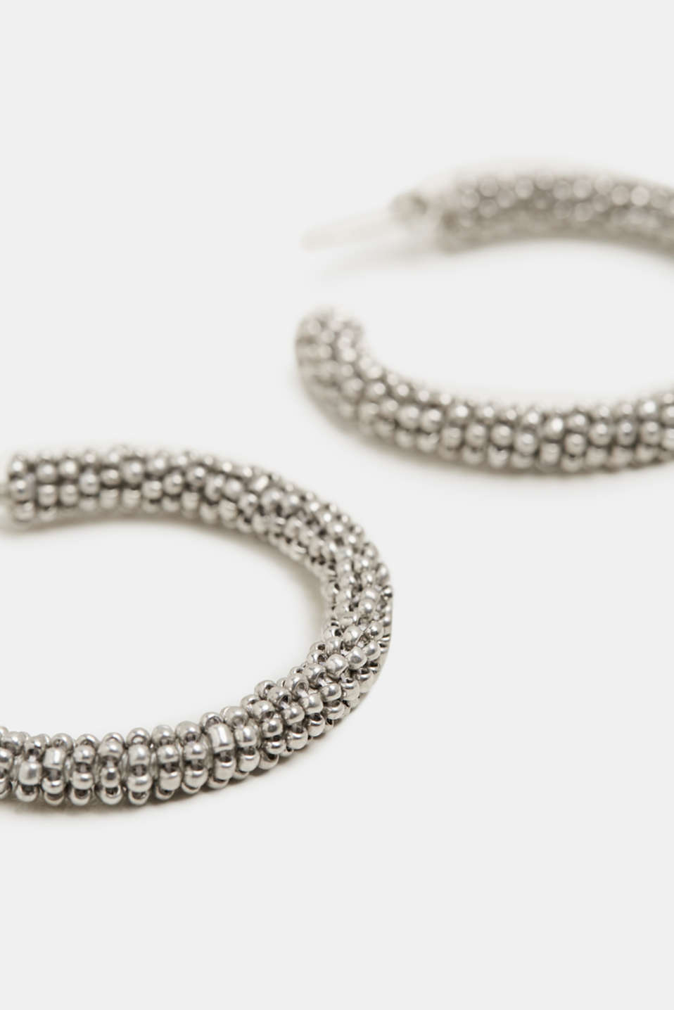 Creoles with metal-effect glass beads, SILVER, detail image number 1