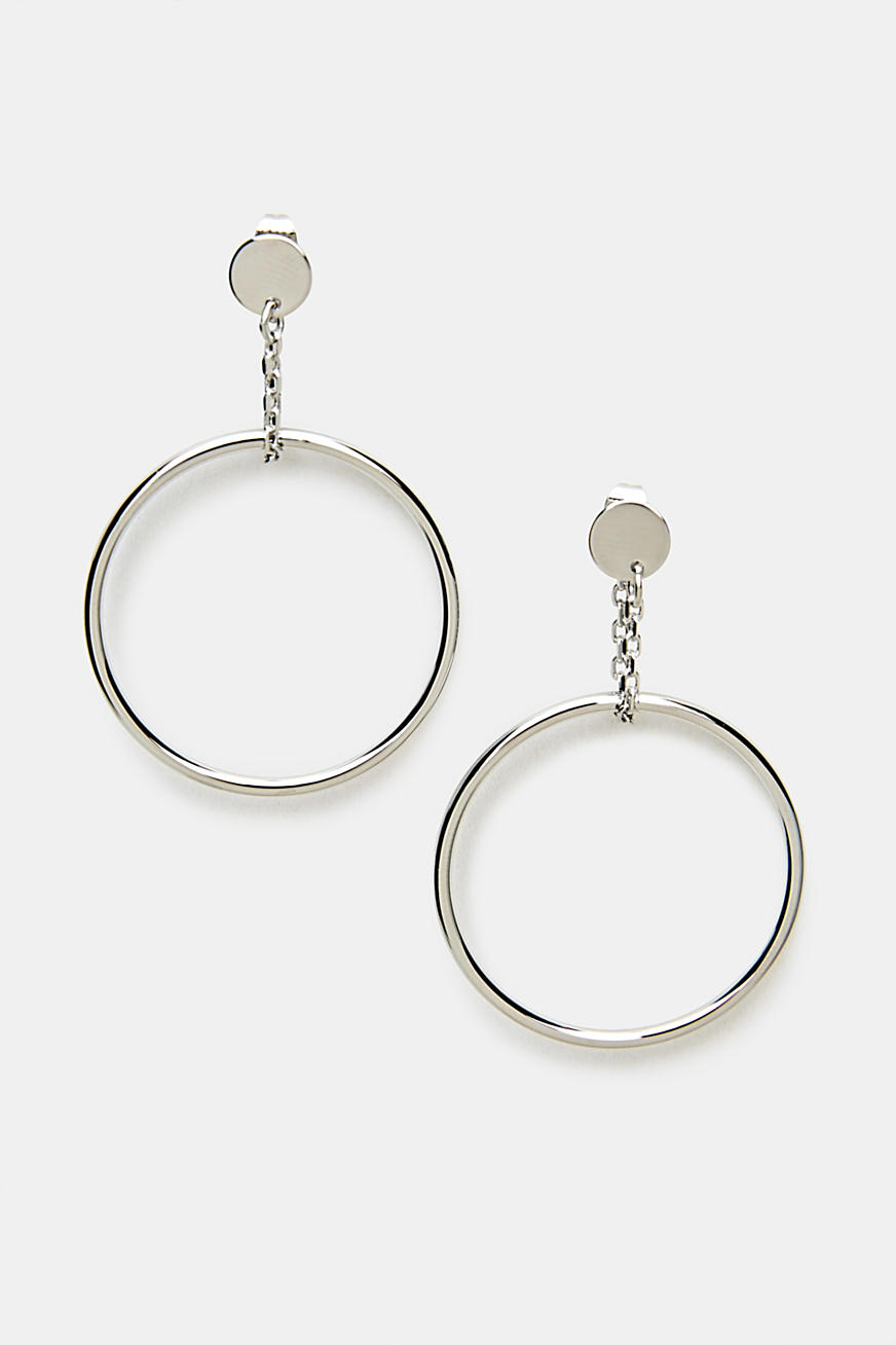 Stud earrings with a round pendant