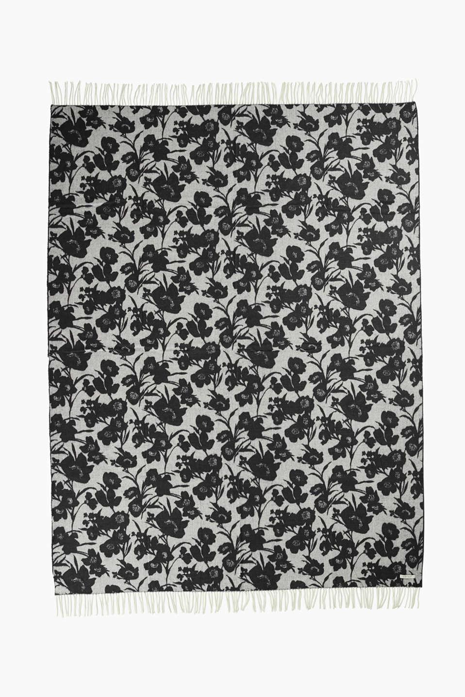 Reversible blanket with a floral pattern, BLACK, detail image number 4