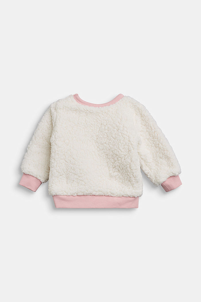 Fluffy sweatshirt with organic cotton