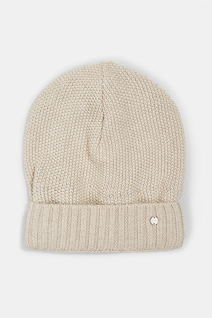 Textured knitted hat