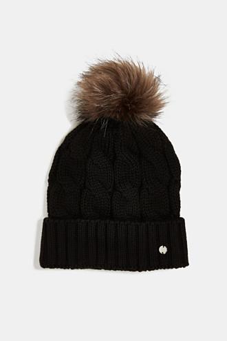 Hat with fake fur pompom