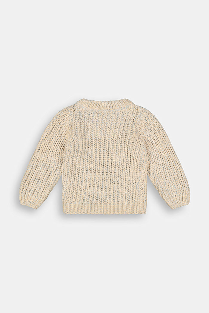 Jumper with contrast yarn
