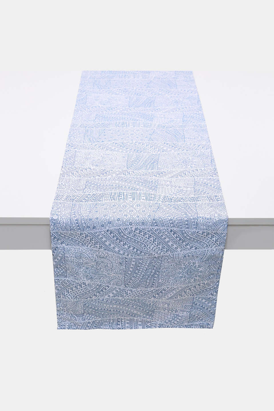 Esprit - Cotton table runner with a digital print