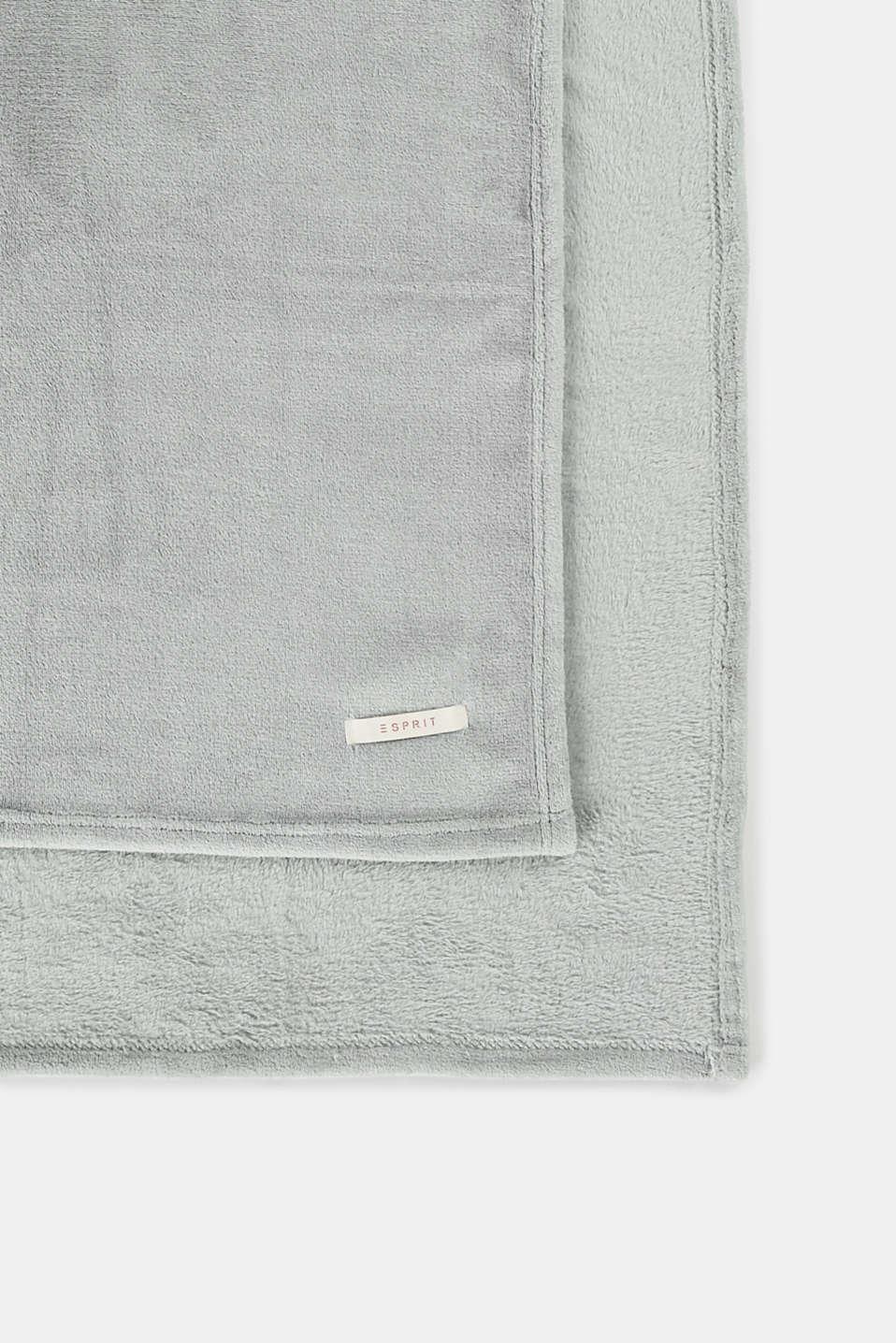Plain throw in soft fleece, LIGHT GREY, detail image number 0