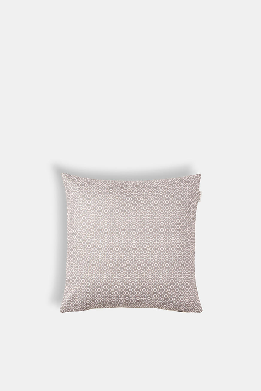Cushion cover with a minimalist pattern