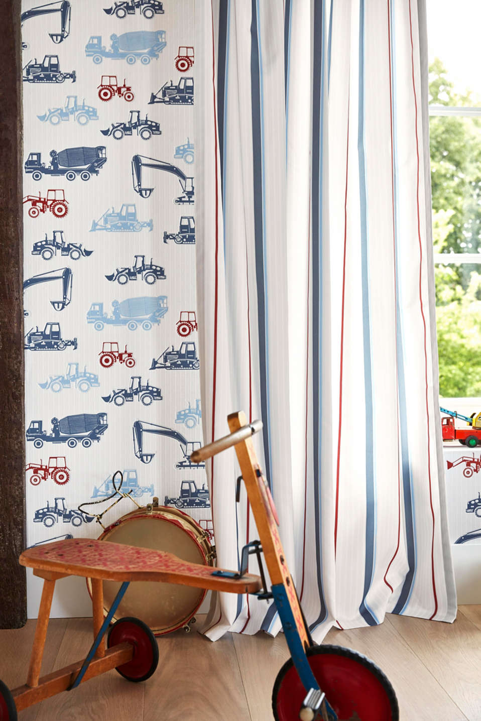 Opaque tab top curtain with a striped print, BLUE, detail image number 2