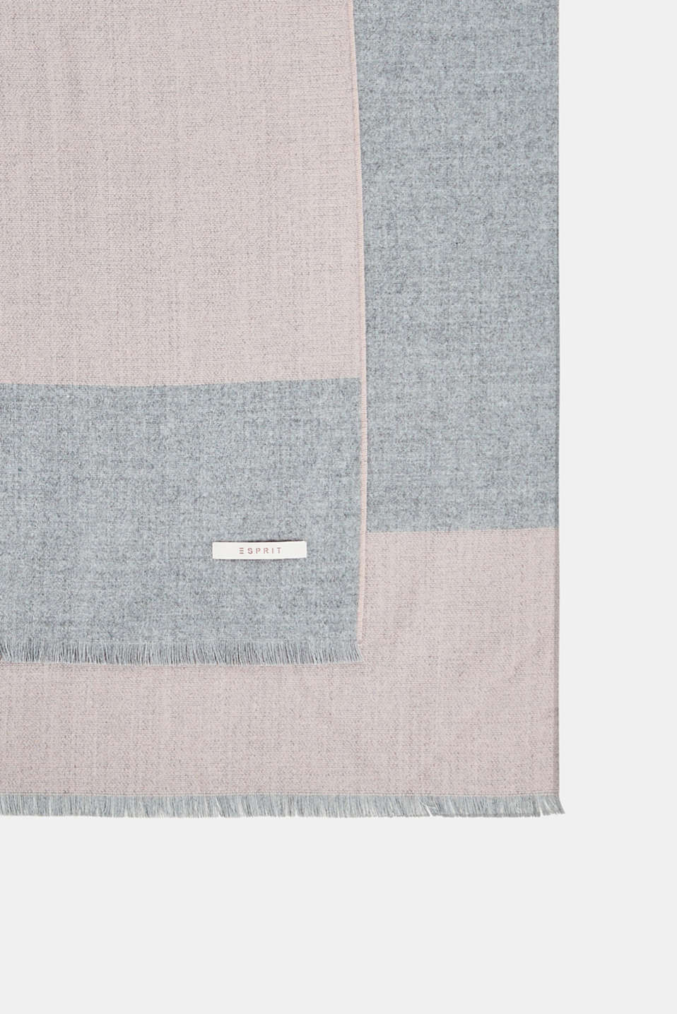 Esprit - Elegant throw with contrasting stripes, made of Cashmink®