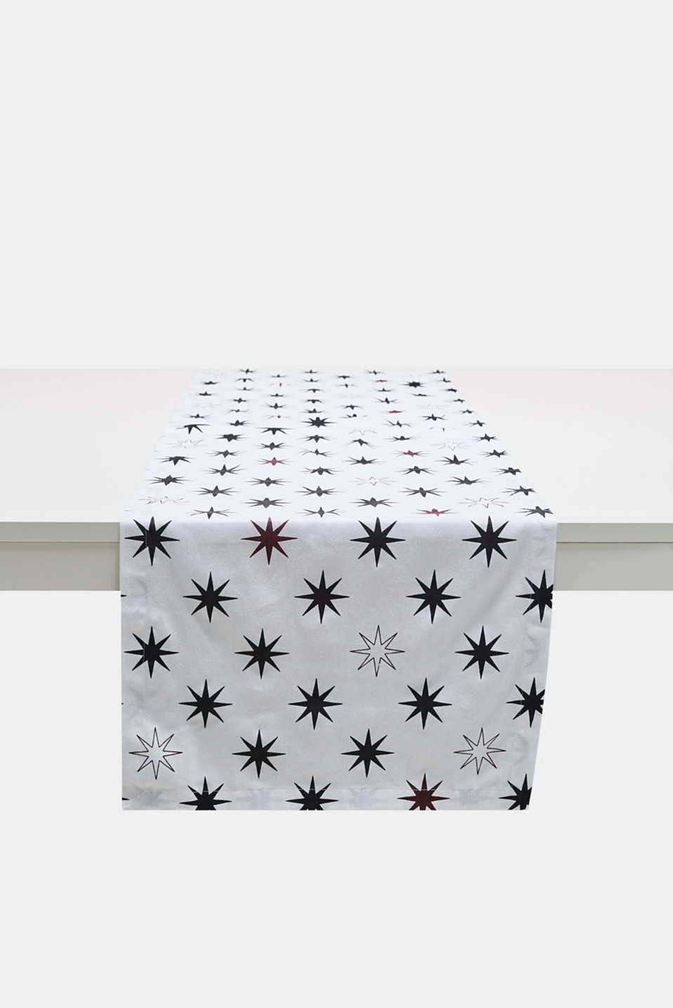 Esprit - Table runner with a star print, 100% cotton