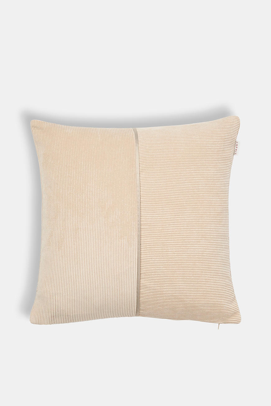 Cushion cover made of corduroy
