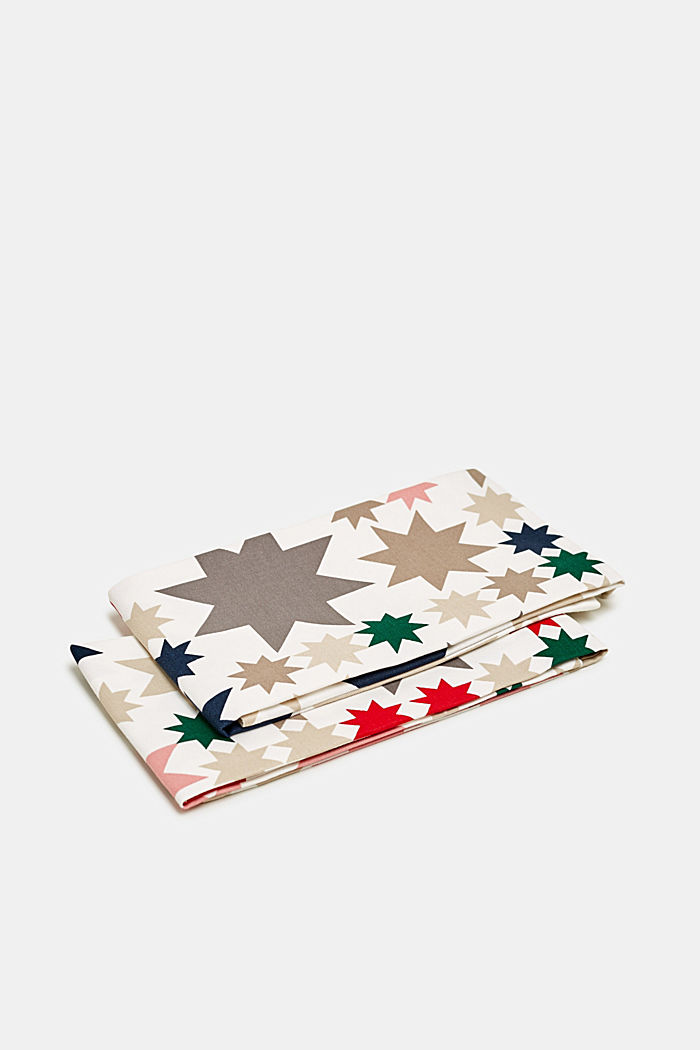 Double pack of tea towels with an Xmas print