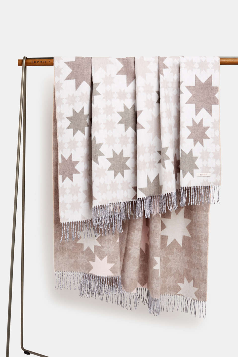 Esprit - Throw with a star motif