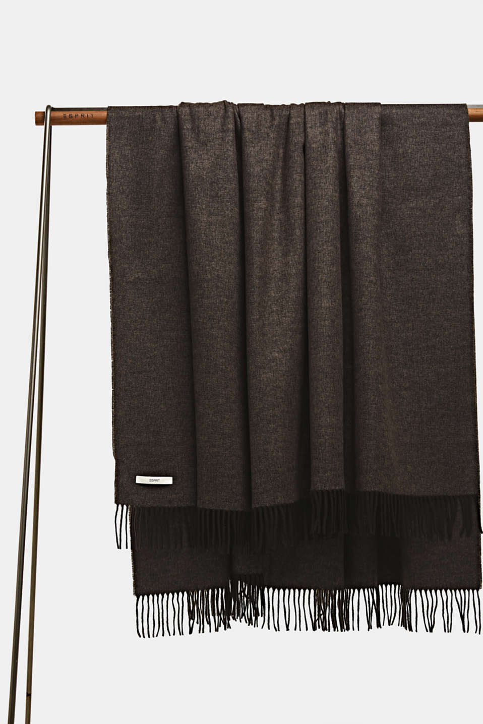 Throw with fringing, LCBROWN, detail image number 0