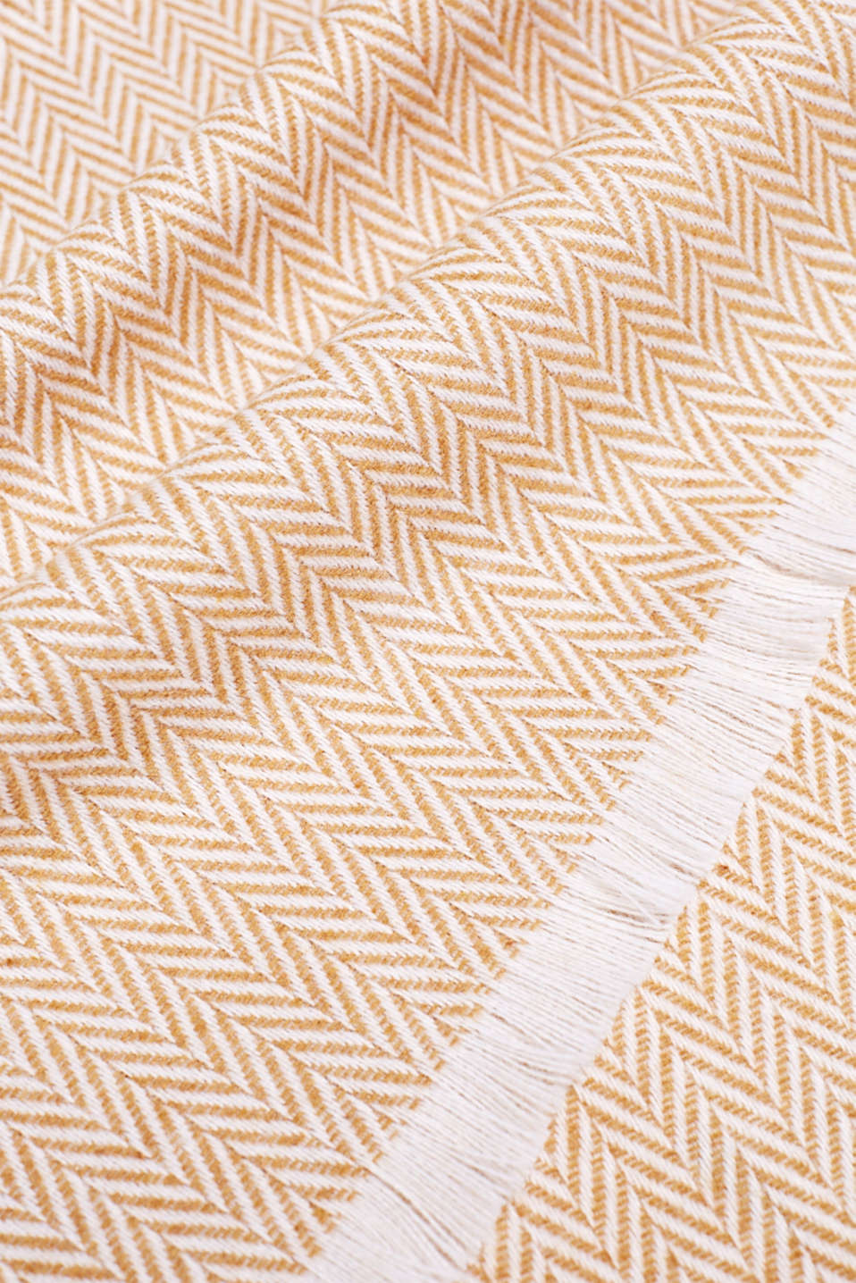 Throw with a herringbone pattern, MUSTARD, detail image number 1