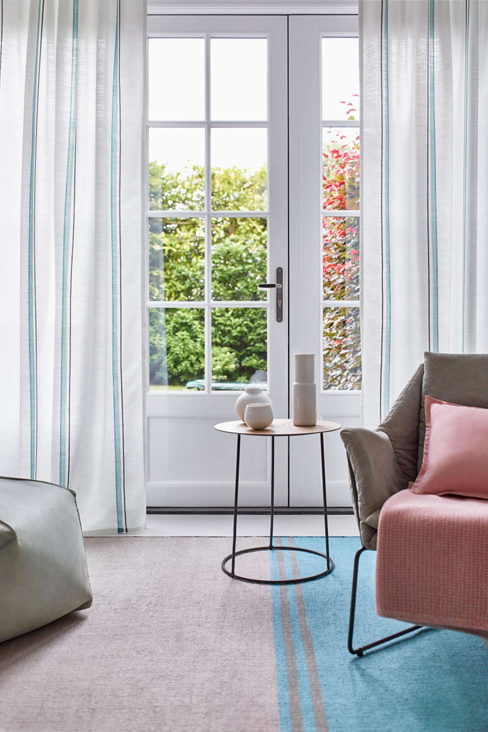 Esprit - Curtain with vertical stripes